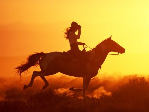 woman_riding_horse1